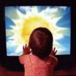 Маленькие дети и телевизор