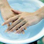 Почему краснеют руки